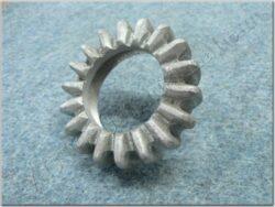 Union nut, exhaust pipe ( Kýv 250/353,350/354 )